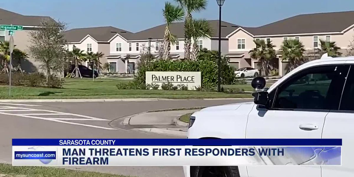 Deputies: Man called 911, threatened first responders with handgun