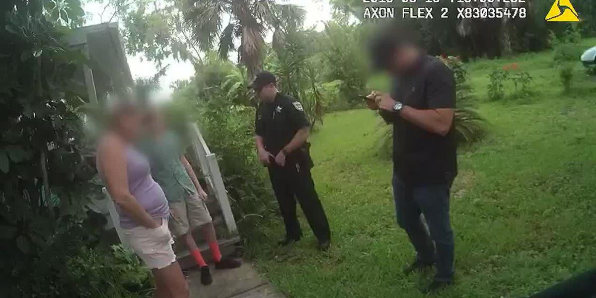 WATCH: Florida deputies confront mother, teen over school threat