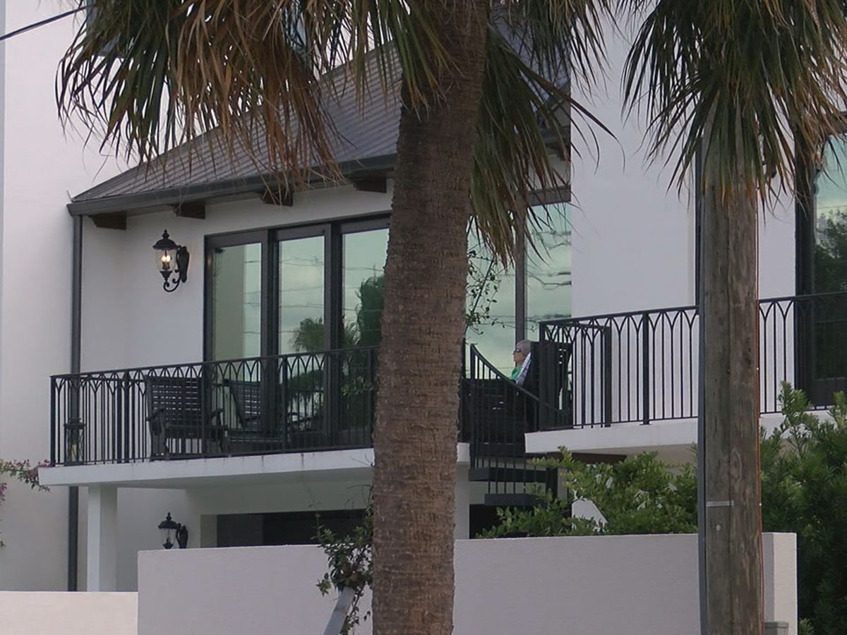 """City attorney for Sarasota to draft ordinance regarding """"hotel"""" homes, St. Armands has seen an influx of these homes"""