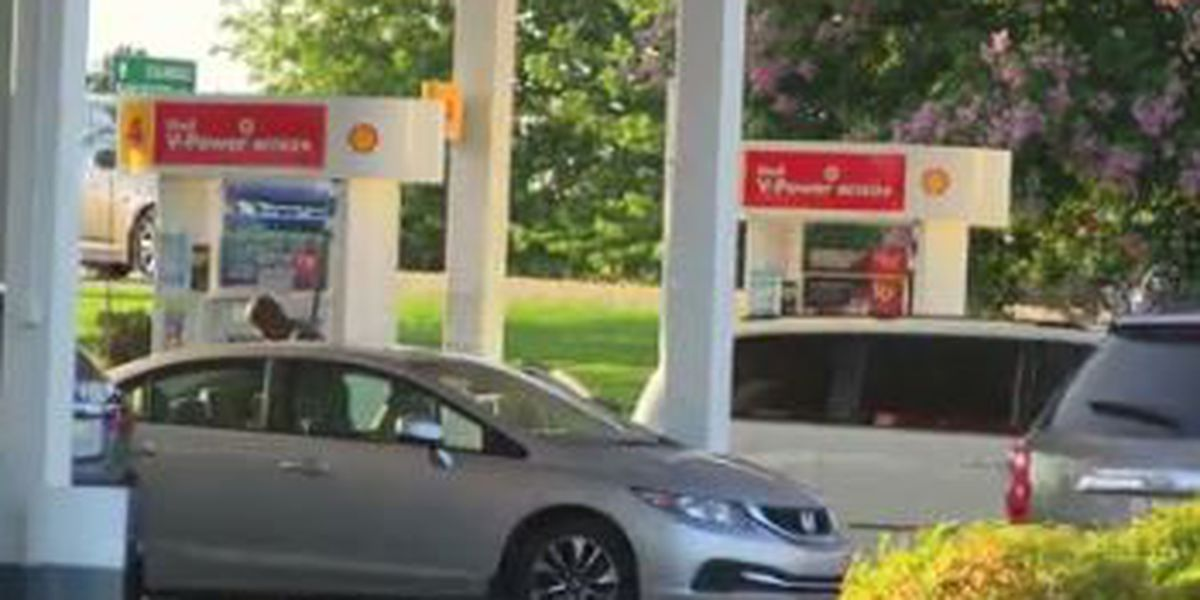 Gas prices fall to lowest level of the year