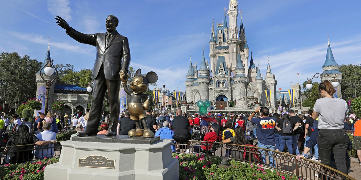 Live in Florida? Start off the New Year with cheap Disney tickets