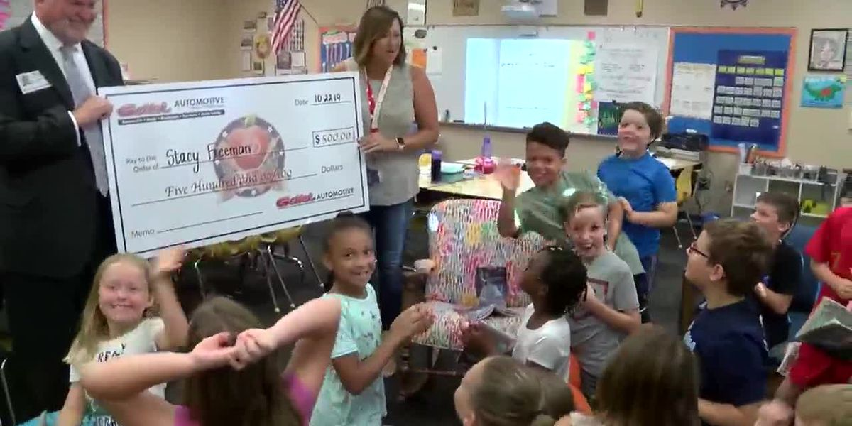 "Chalkboard Champion: Elementary school teacher described as the ""most patient and caring teacher"""