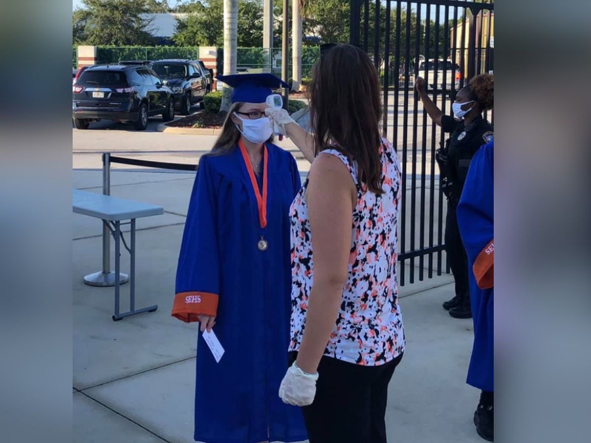 Manatee County expands graduation attendance