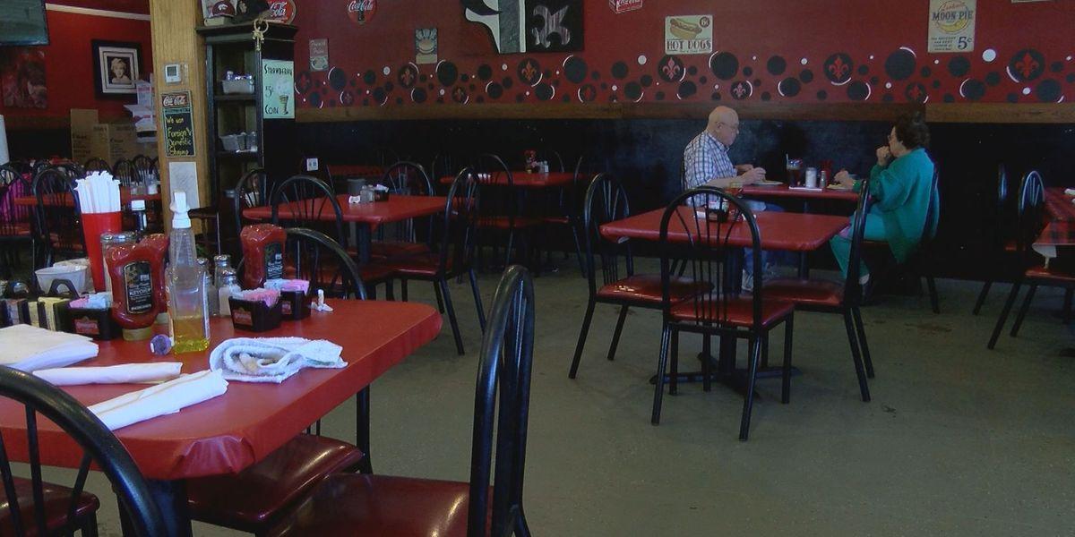 Why one La. restaurant owner lets couple dine in during coronavirus shutdown
