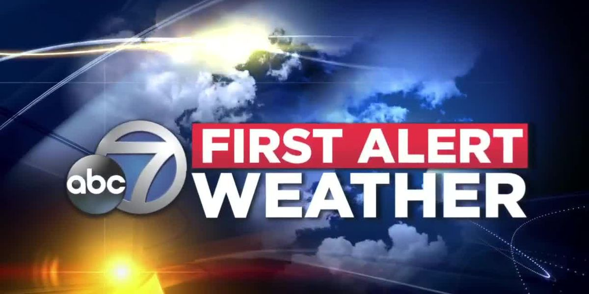 FIRST ALERT WEATHER: Southwest winds will help to push afternoon storms away from the coast