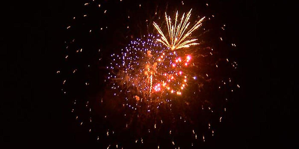 Palmetto, Bradenton to move fireworks to Labor Day weekend