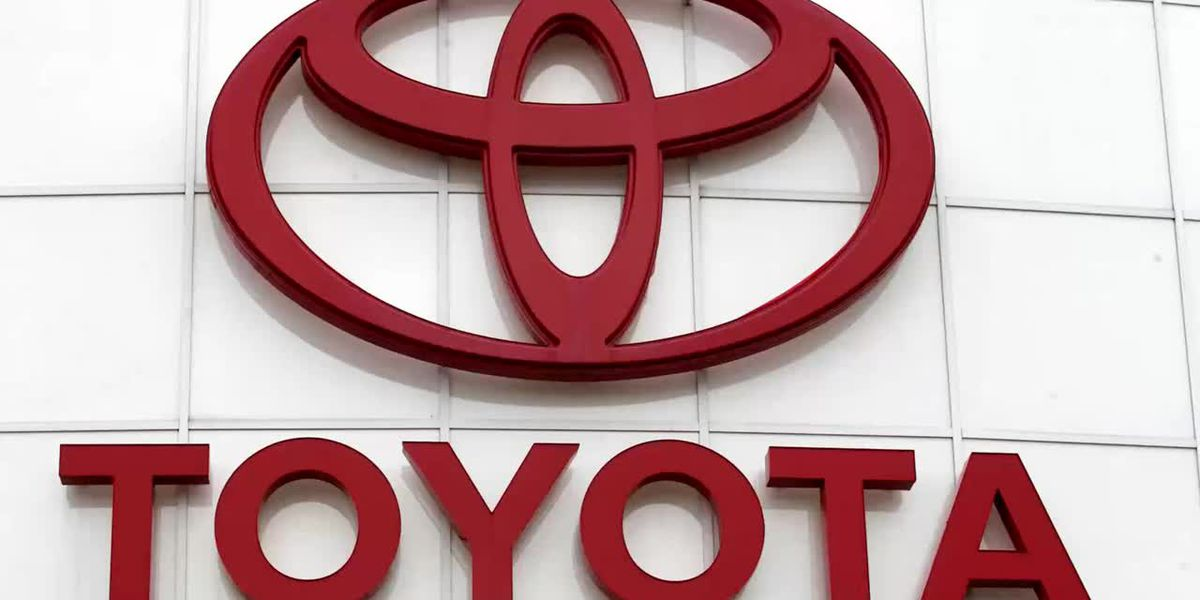 Toyota to replace 65,000 Takata airbags