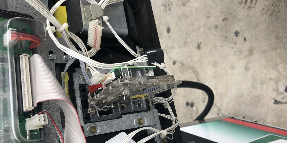 Credit card skimmers discovered at 2 Sarasota gas stations