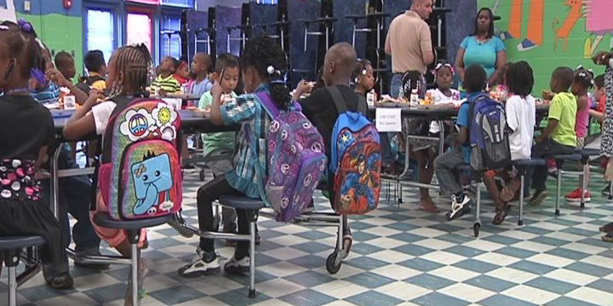 National No One Eats Alone Day at local elementary school in Manatee County