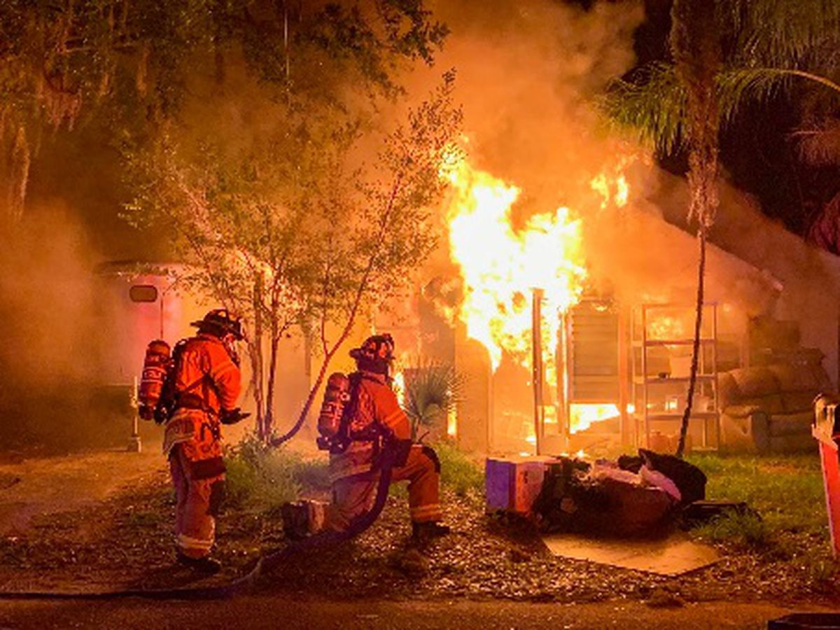 Bradenton home engulfed in flames Thursday morning