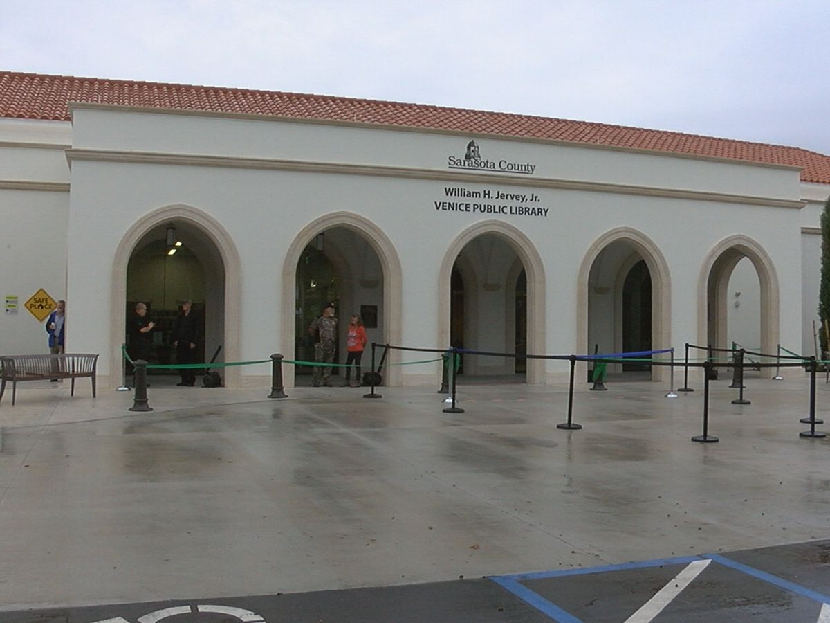 Grand opening celebration officially opens doors to new Venice library