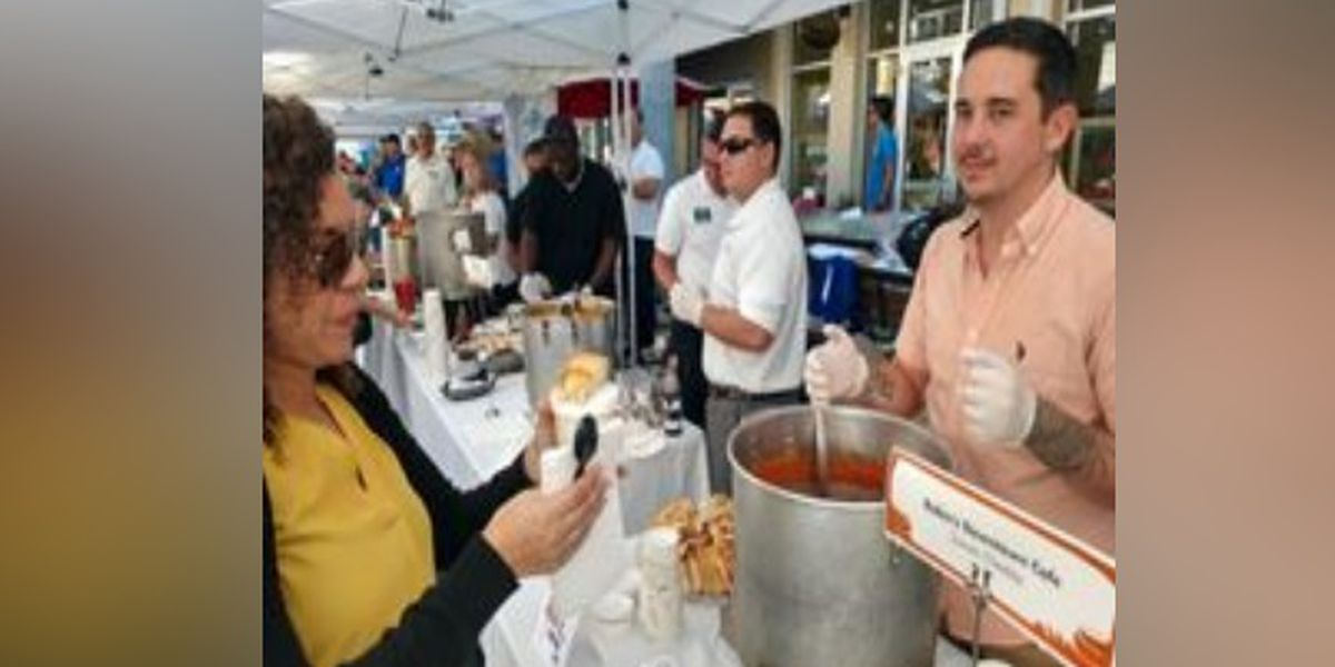 Food Bank of Manatee hosts Manatee's 'Longest Lunch Table'