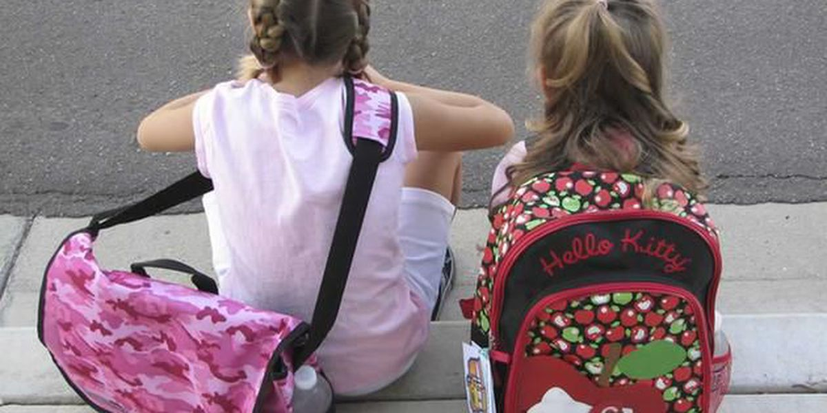 No backpacks for Manatee Co. Students due to recent threats