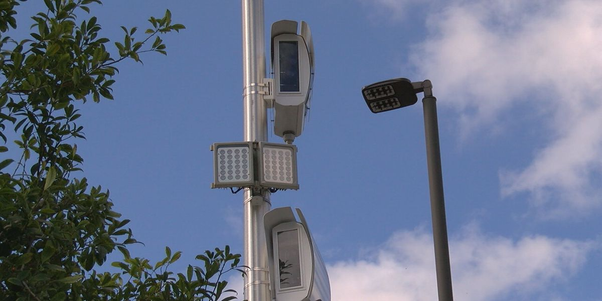 Debate continues over red light cameras on the Suncoast