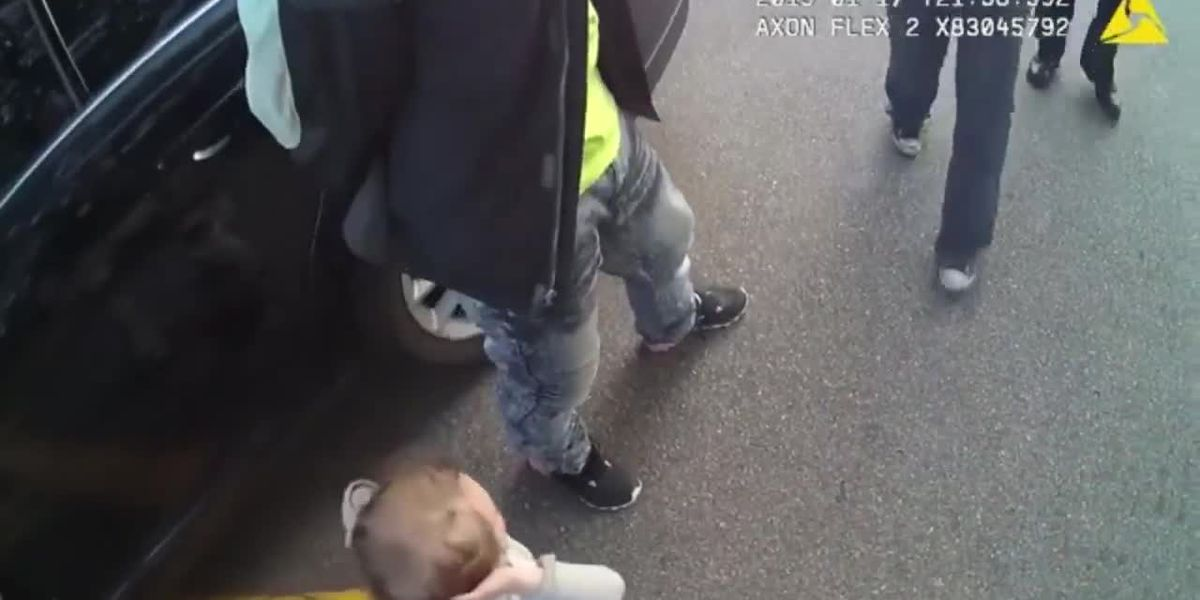 Body cam footage shows toddler involved in traffic stop holds hands up for police