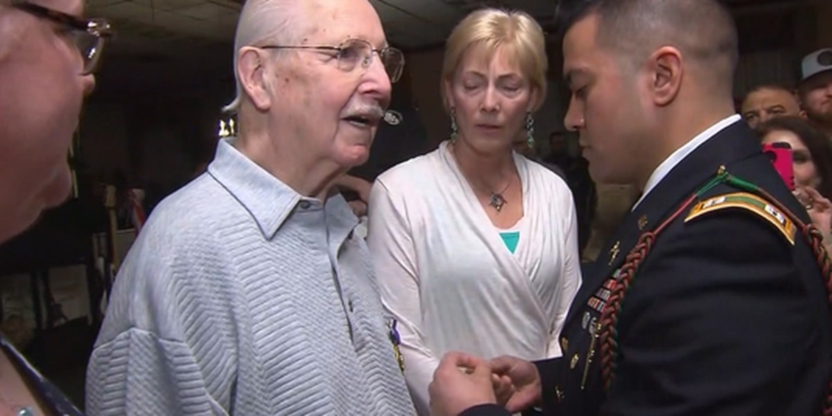 A World War II veteran receives Purple Heart 75 years after he was injured