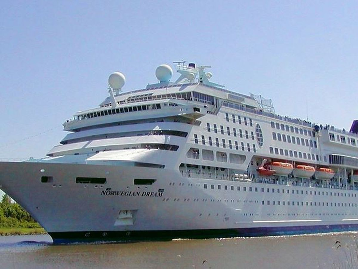 Norwegian Cruise Line extends suspension of voyages