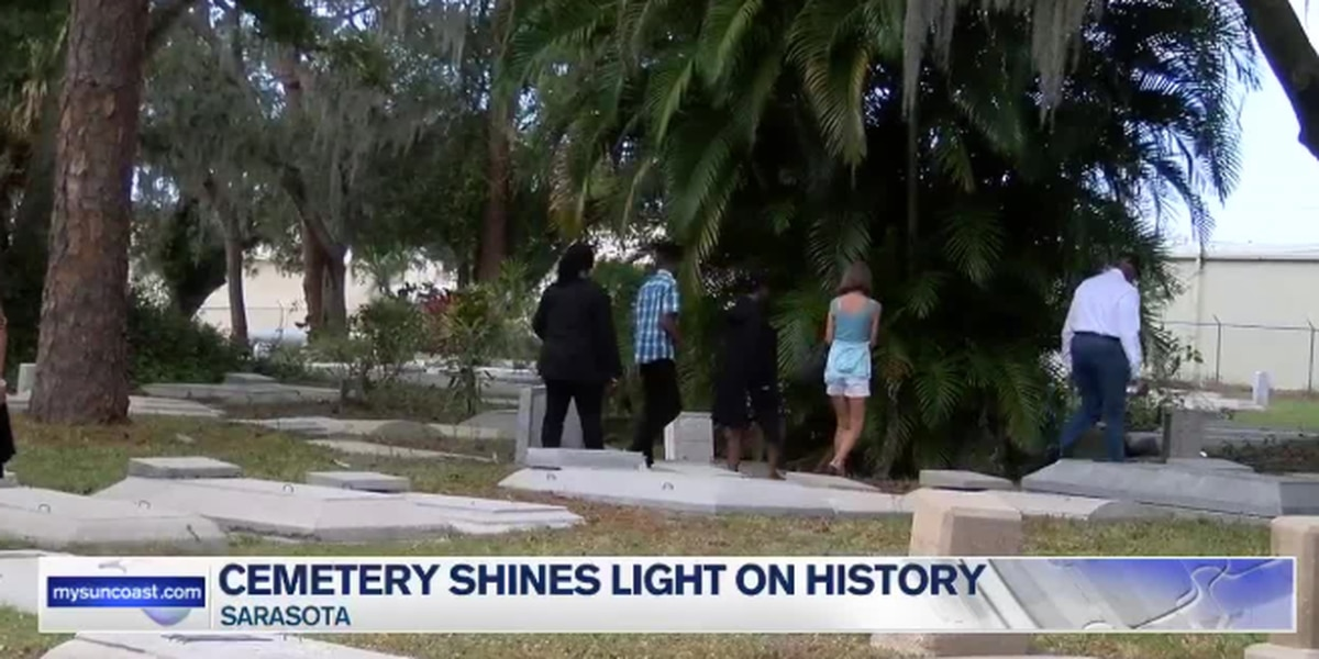 Sarasota community remembers the city's past at the Oaklands/Woodlawn Cemetery