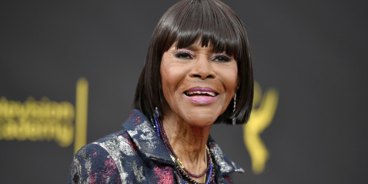 Hundreds pay respects to actor Cicely Tyson at her viewing