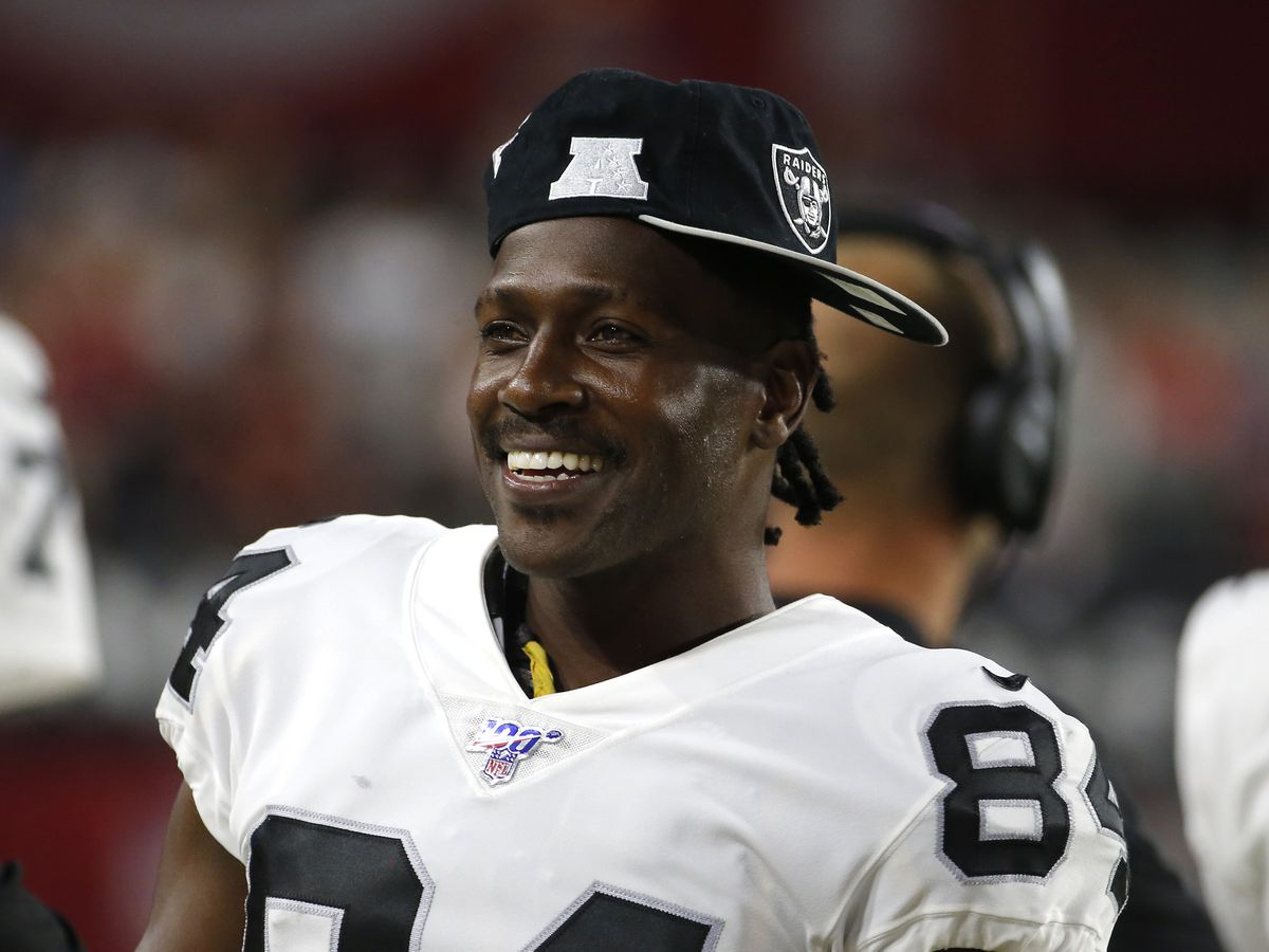 Antonio Brown faces rape accusations by former trainer