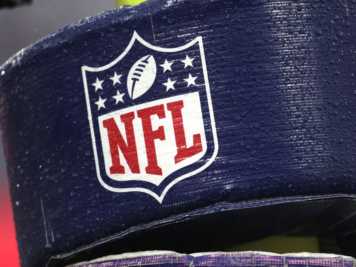 Player reps not voting on NFL labor deal; want more talks
