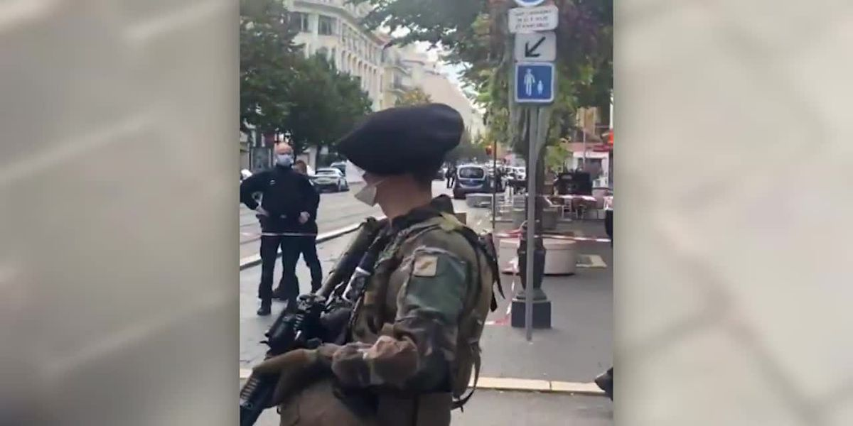 RAW: Armed officials respond to deadly knife attack in France