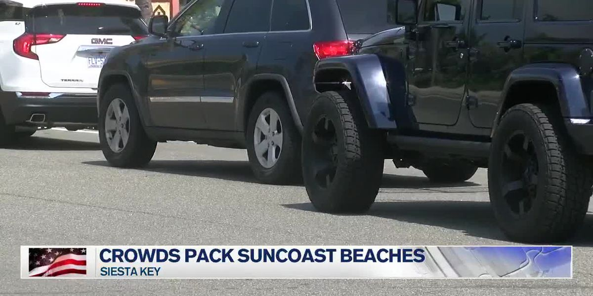 Crowds fill Siesta Key for 4th of July festivities causing traffic for hours
