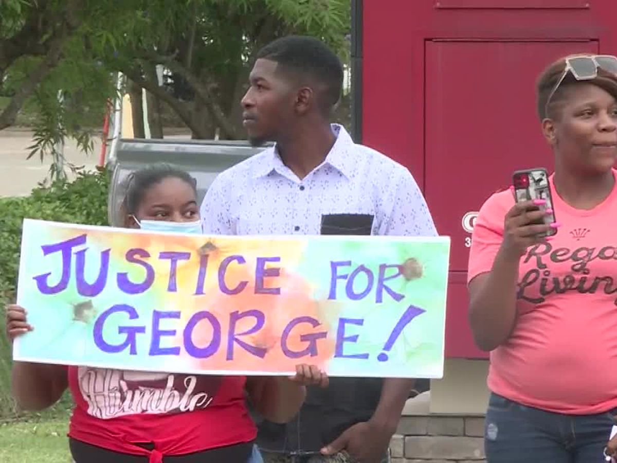 George Floyd's son: Violent protests solve nothing