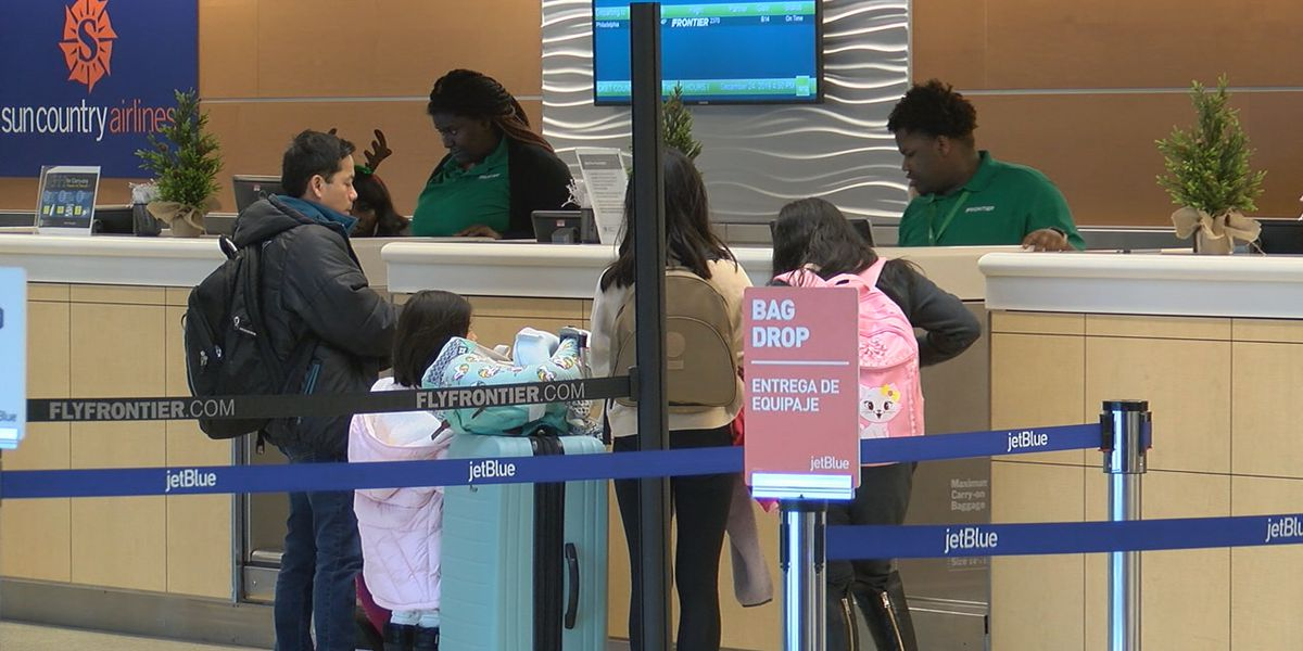 Record number of people traveling during the holidays including at SRQ