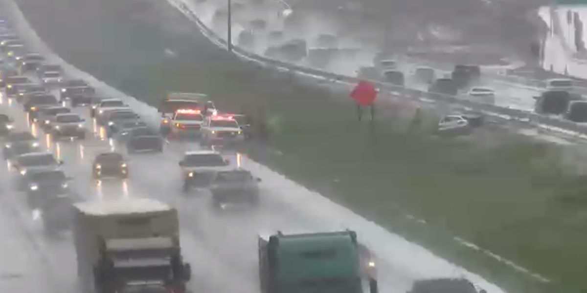 Vehicle flips on I-75 South and East Road 70 in Bradenton