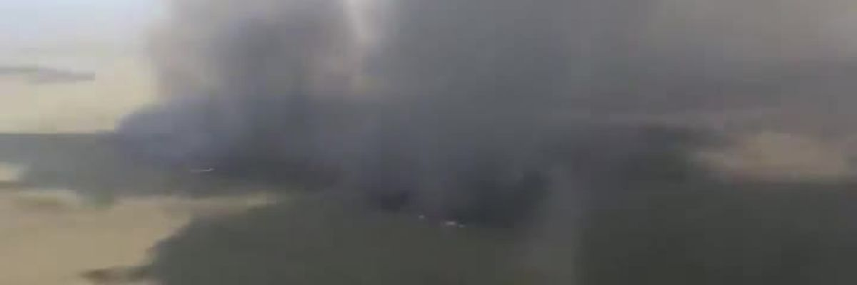 Video shows wildfire along I-75 in Alligator Alley