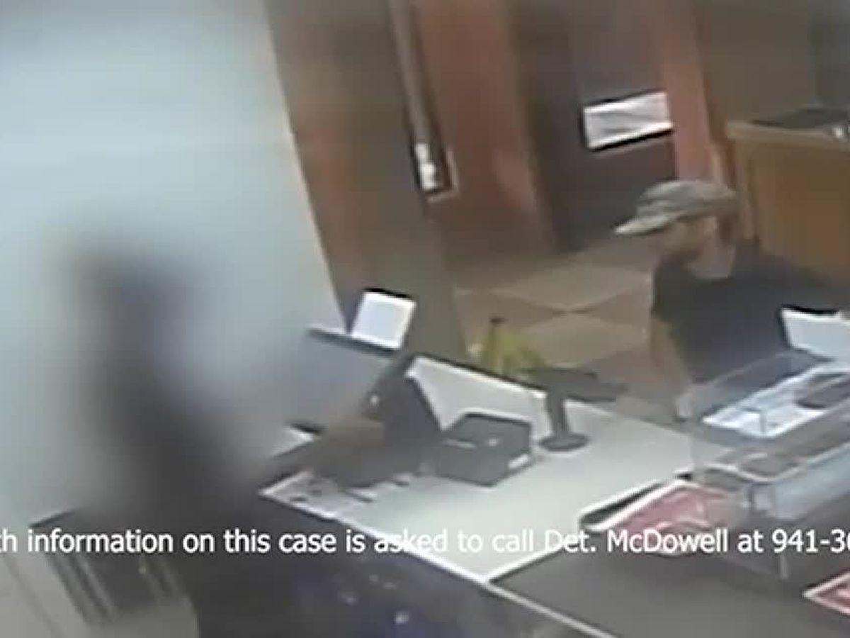 WATCH: Armed man tries to rob Sarasota business