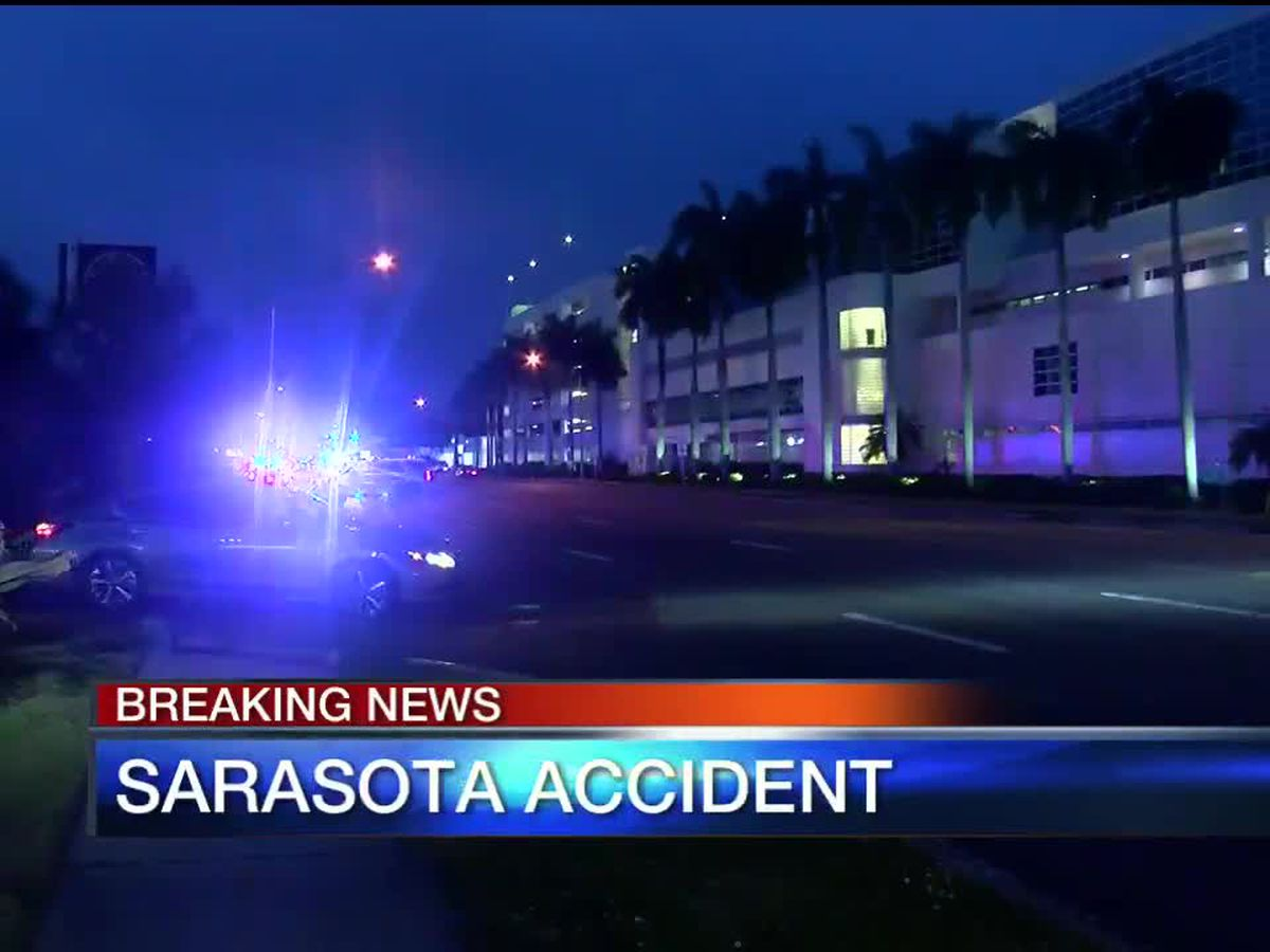 Man struck and killed by car on U.S. 41 across from SMH in Sarasota