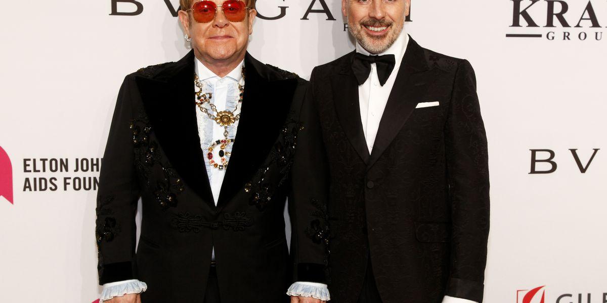 Elton John remembers Aretha Franklin at his annual AIDS gala