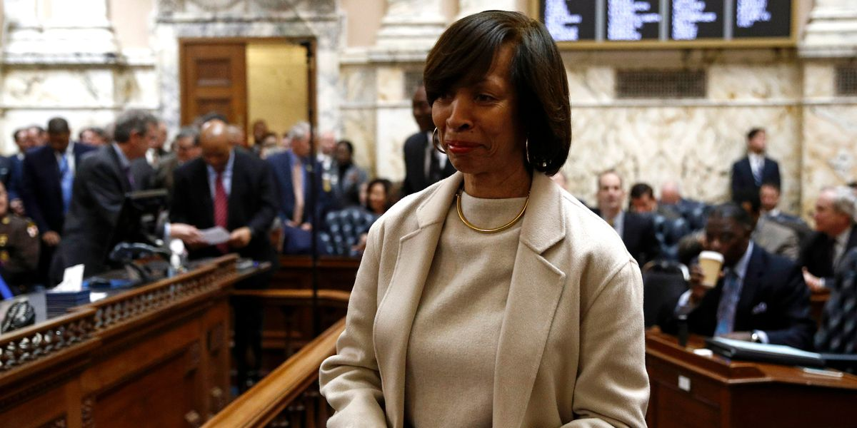 FBI, IRS agents search Baltimore mayor's homes, City Hall