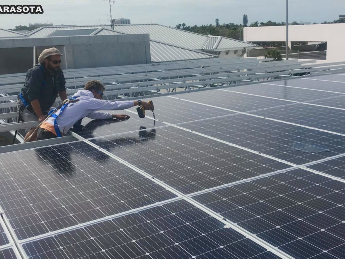 City of Sarasota installs solar panels on new St. Armands Parking Garage