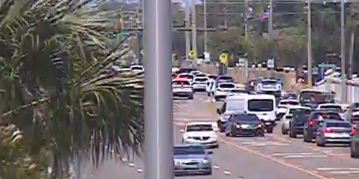 First Alert Traffic: Roads have re-opened after accident on Bee Ridge Road in Sarasota