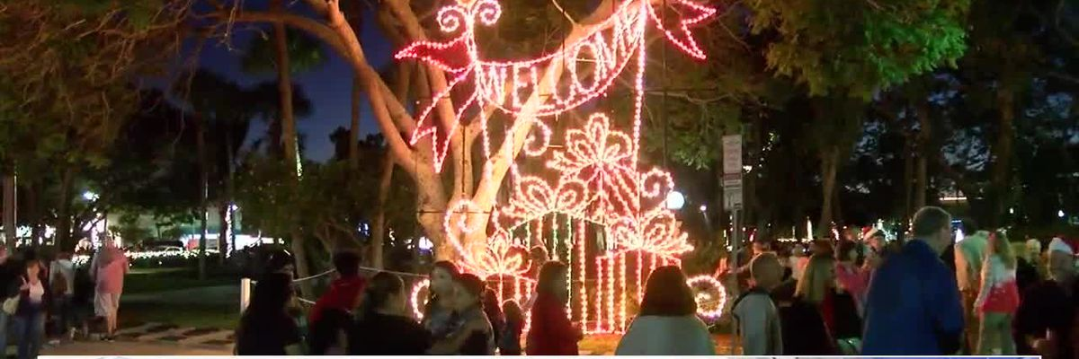 Holiday Night of Lights on St. Armands Circle