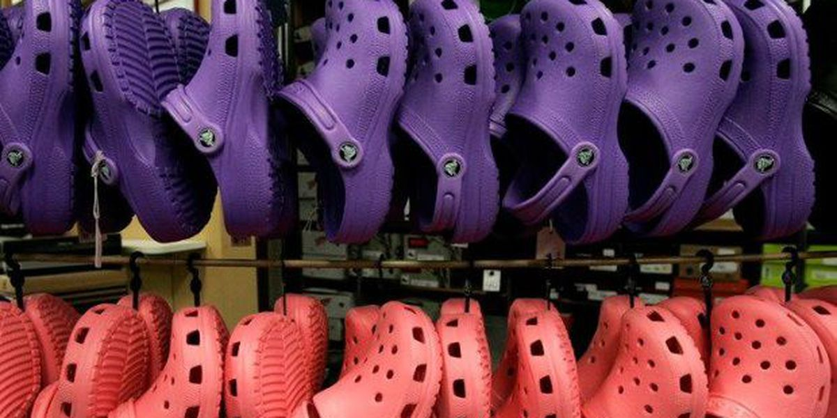 Crocs to close all manufacturing plants